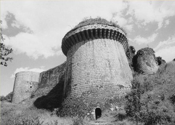 Изборск – крепость на Журавлиной горе