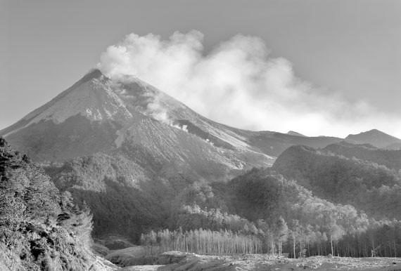 Вулкан Мерапи – убийца и благодетель в одном лице