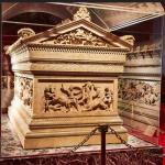 Саркофаг Александра Македонского