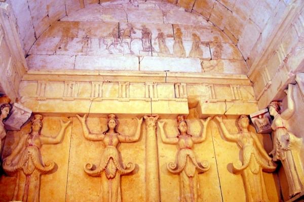 Свештарский курган в Болгарии