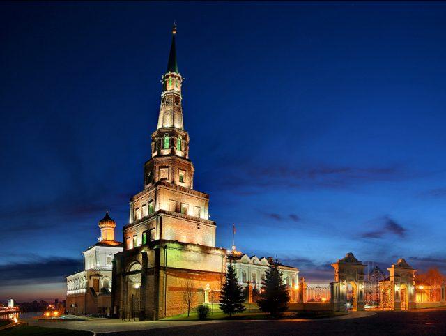 Башня Сююмбеки в Казани