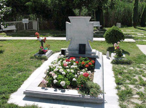 На могиле Ванги