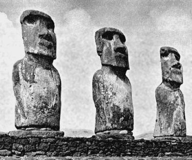 Как «ходили» каменные истуканы